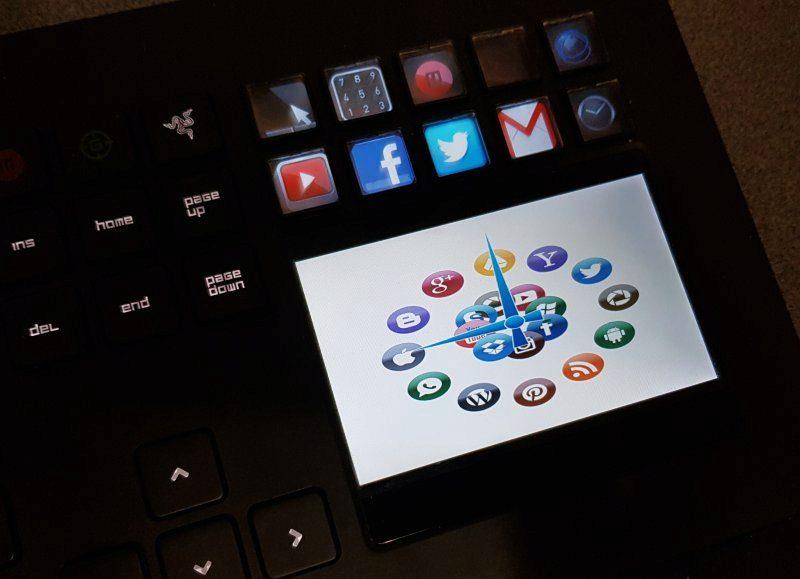 Social media platform logos arranged in a clock shape